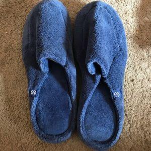 Like new men's slippers